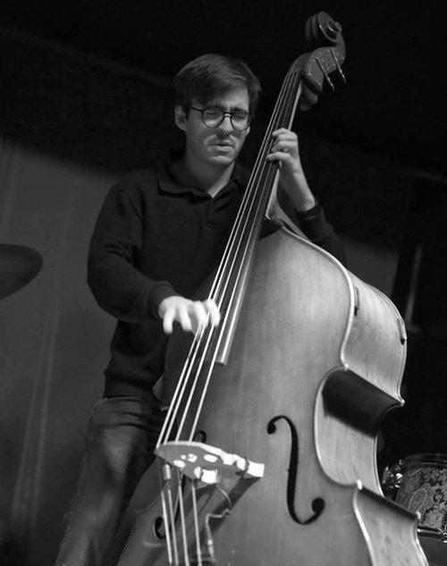 Max Beckman, bass