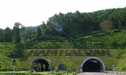 hai-van-pass-through-danang-and-hue6.jpg