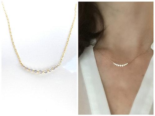 Graduated 9 Diamond Curve Necklace