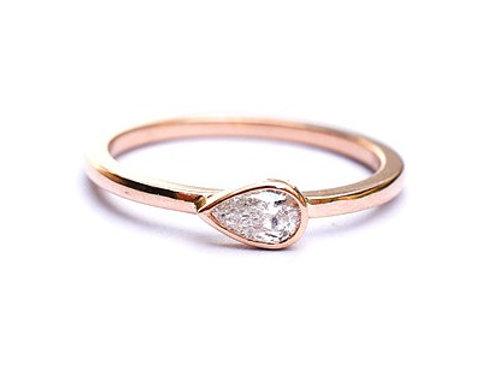Horizontal Pear Cut Diamond Ring 0.20ctw