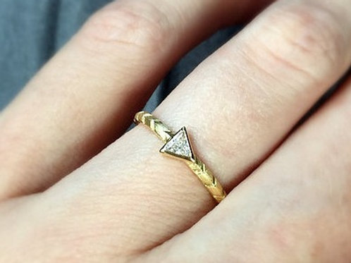 Trillion Cut Diamond Arrow Band Ring