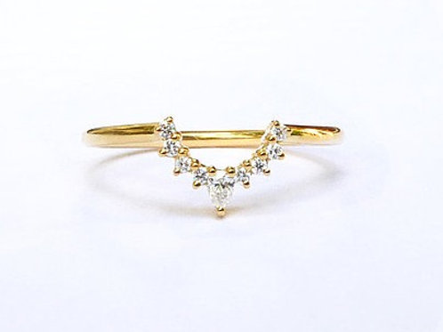 Diamond Nesting Ring for Round a Pear Shapes