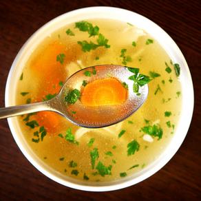 Sopa Sanadora de Pollo