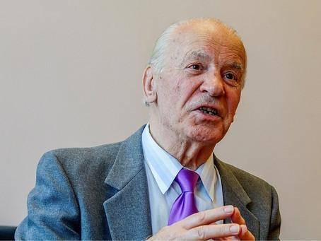 PV Tiến Sĩ Dmytro Stepovyk