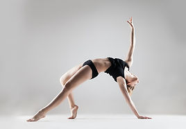 Join Kayla in this Lyrical class! We will do a warm up, basic technique in center, across the floor, & a center combination. Lyrical blends sustained, controlled movement of ballet along with dynamics & power. Learn a new way to interpret music while expressing freedom! Price: $15. Limit 8 people!