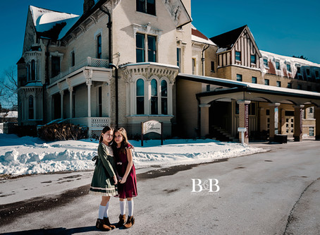 Crystal Lake Photographer/Vintage Mini Session at the Dole Mansion