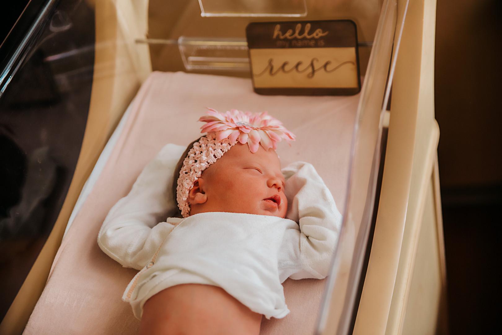 newborn - 15.jpg