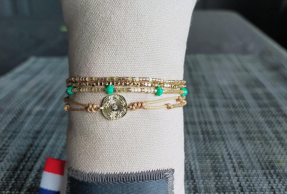 """Bracelet réglable 4 rangs """"Belle Mais Pas Que"""""""