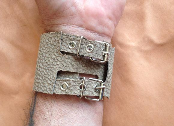 Bracelet cuir marron clair double tour (rock) : Ref : BL 3