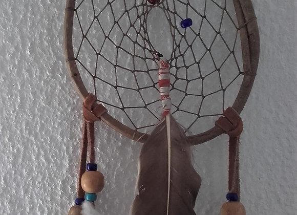 attrape-rêves Naturel cercle en osier, perles de verre rouge et bleue