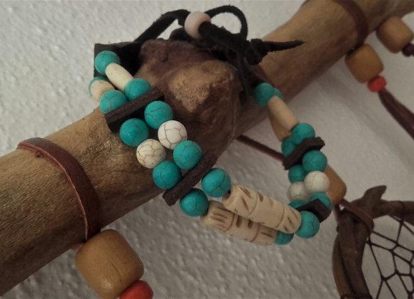 Bracelet Amérindien os sculptés, perles howlite beige et turquoise - Ref: B 310