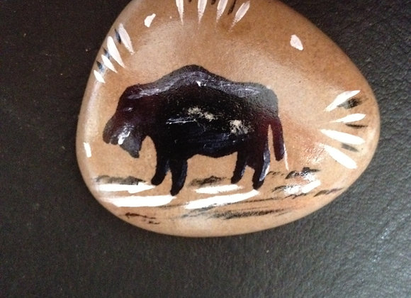 Bison, pierre peinte à la main - Buffalo - ref: Buffalo 1