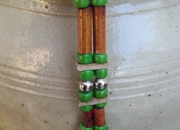 Bracelet Amérindien, 2 rangs, perles bois longues, perles vertes - Ref: B 280