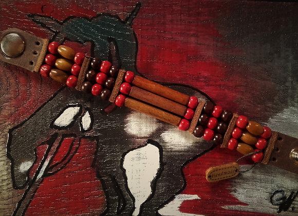 Bracelet style Amérindien, 3 rangs, cuir et bois - Ref: B 306