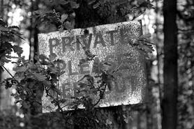 1080px-A_forestry_private_keep_out_sign_