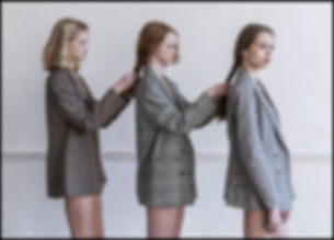 Girls5.internet.jpg