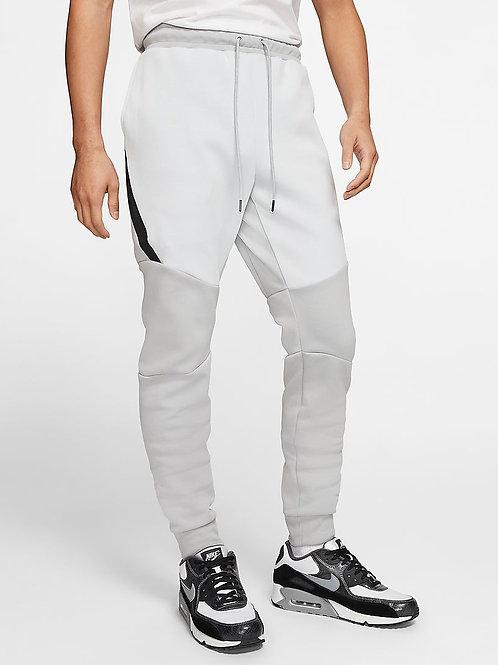 Nike Tech Fleece Jogger (Grey/Platinum/White)
