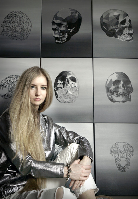 01_Agnieszka Ewa Braun in studio with Vi