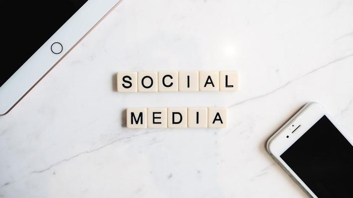 Wie Dein Social Media Konsum Deine Glaubenssätze Formen