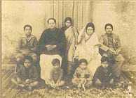 Bireswar Sen, his wife Protima Sen and their seven children