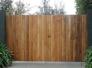 Timber gate by Dunedin Fencing