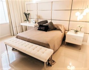 cozy-modern-bedroom-3144580.jpg