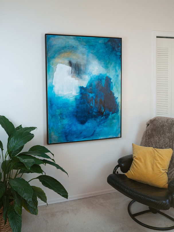 Frame for canvases 36 x 36 and larger
