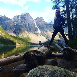 Angie Marchinkow-moraine lake painting day