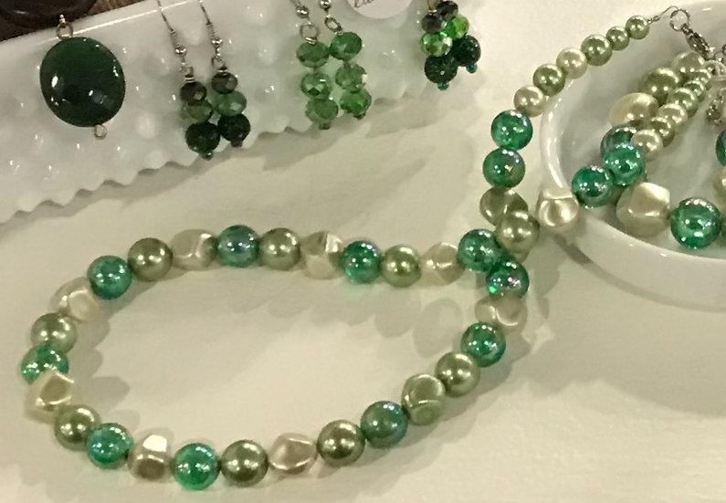 Vintage Multi-Colored Green Necklace and Bracelet Set