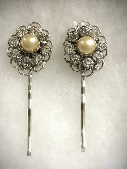 Vintage Hair Clips with Pearls