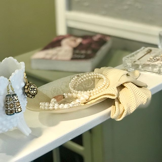 Shop Asyano Jewelry on display at Salon