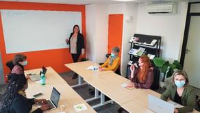 Réunion de secrétaires indépendantes dans notre salle de réunion