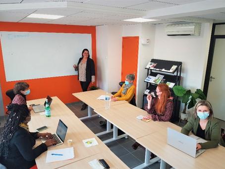 Réunion de secrétaires indépendantes dans notre espace de coworking