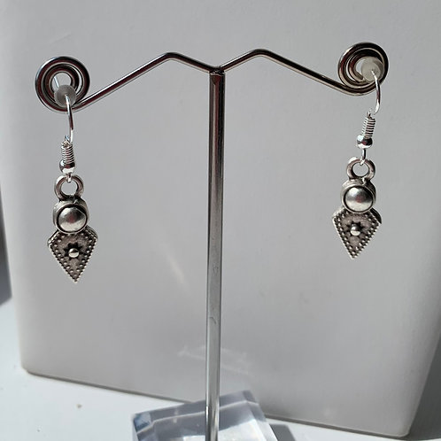 Arrow charm earrings