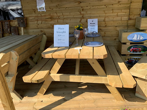 Picnic Table - Pre order for delivery in 6 - 8 weeks