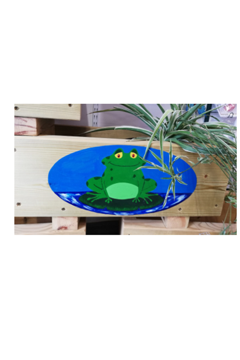 Wooden trough - Frog