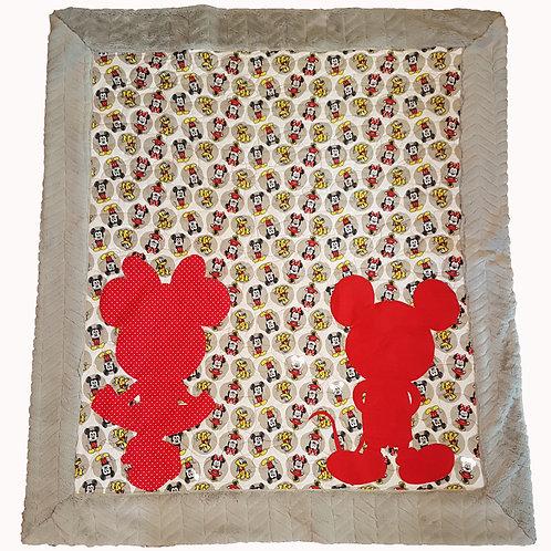 Mickey and Minnie Crib Quilt Kit