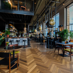 Hoe de Amsterdamse ondernemers achter Zurich, Oslo en Karaat succesvol overschakelden op takeaway