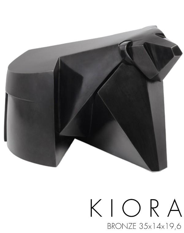 kiora-600x759