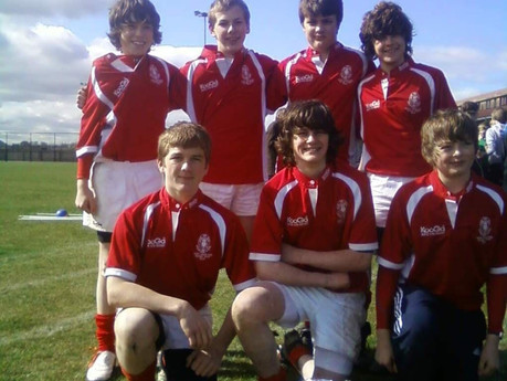KHS S2 2009/10 season Plate winners at Dunbar (sunny dunny) 7s tournament.