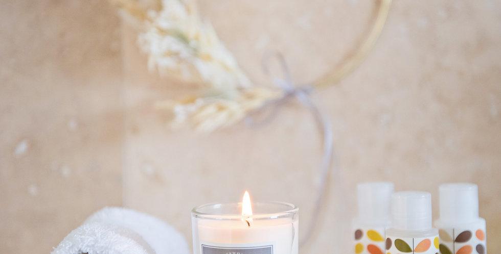 Mini vine wreath, diffuser and candle box