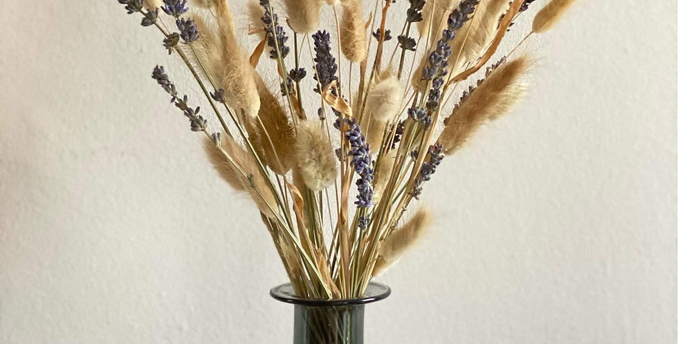 Mini bouquet of fluffy grasses and lavender