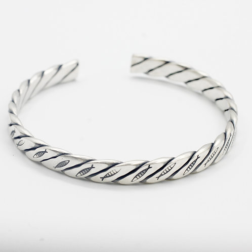 Unique design knit fish bracelet sterling silver 925