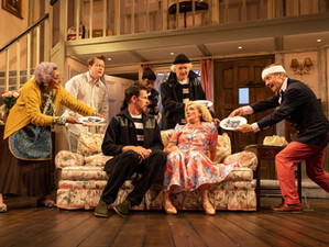 Review: Noises Off (Lyric Hammersmith)