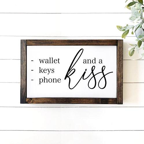 Wallet, Keys, Phone, Kiss