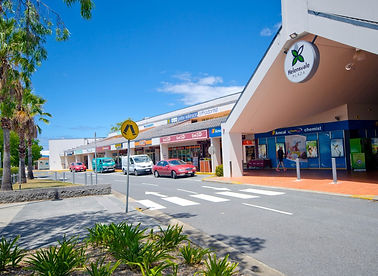 Helensvale Plaza Retail and Commercial Road