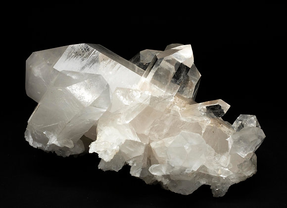 Arkansas Quartz Crystal With Multiple Thick And Thin Points