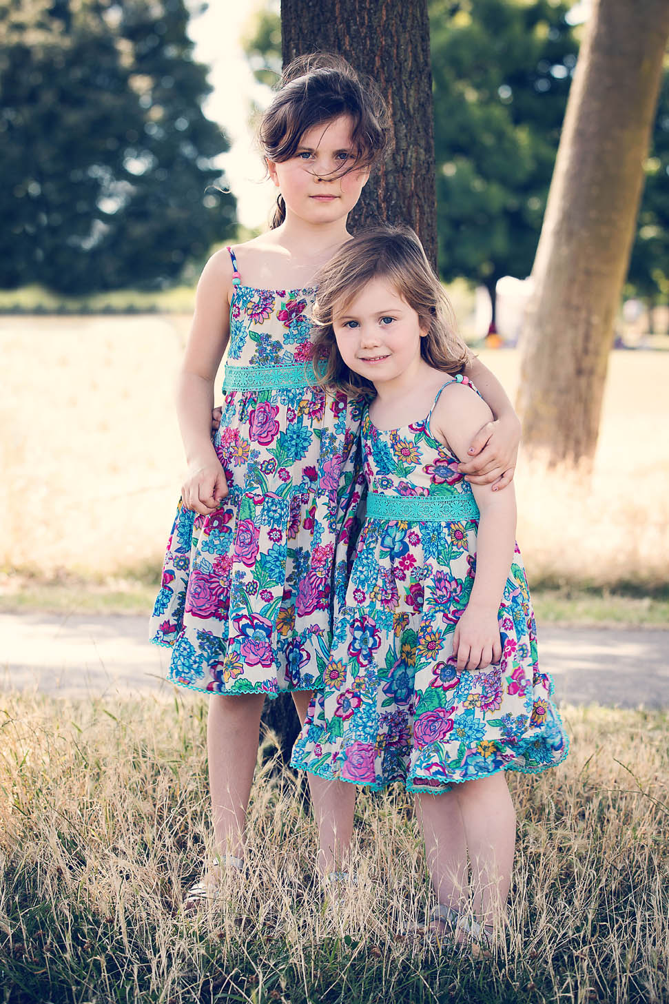 Pretty Sisters on Wimbledon Common