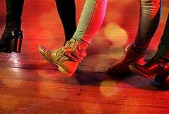 Classes de ball sense parella en Barcelona
