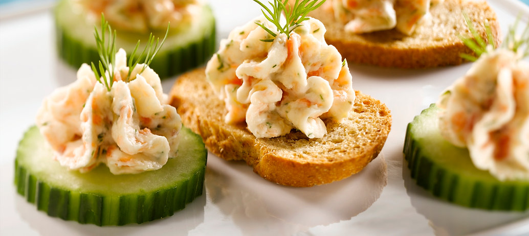smoked-salmon-mousse-canapes.jpg